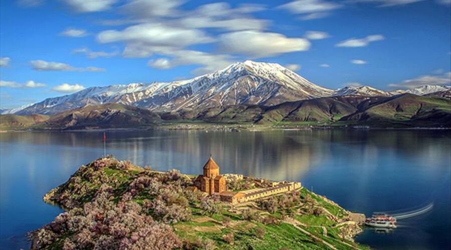 Uçakla Butik Van Diyarbakır Turu